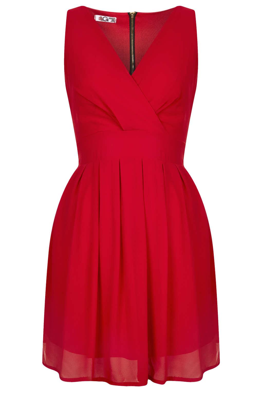 robe rouge popyourstyle. Black Bedroom Furniture Sets. Home Design Ideas