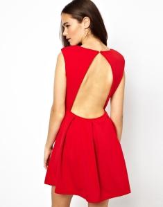 Finalement, laisser ses enfants jouer avec des ciseaux, ça fait parfois une robe stylée (parfois seulement) - Glamorous sur ASOS - 42.42 €