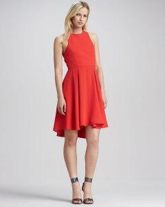 Le rouge c'est la passion, lamour, mais aussi des robes, comme quoi, tout arrive - Naven - 145.43€