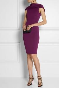 Une robe très Jackie'O et une belle couleur prune,  je valide ! - Donna Karan - 1 614€